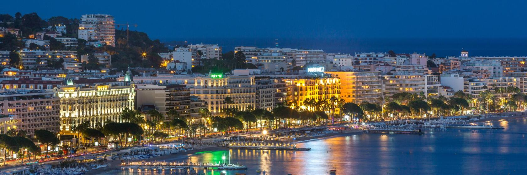 Cannes, Online Booking for Accommodation in France