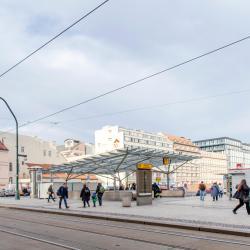 Estação de Metrô Namesti Republiky