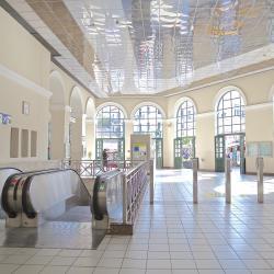 محطة قطار موناستيراكي