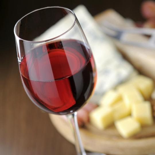 פסטיבל האוכל והיין בברדולינו של ימי-הביניים