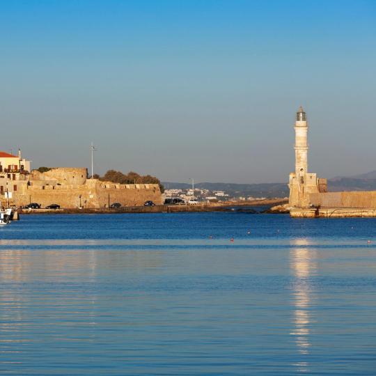 העיר העתיקה ונמל חניה