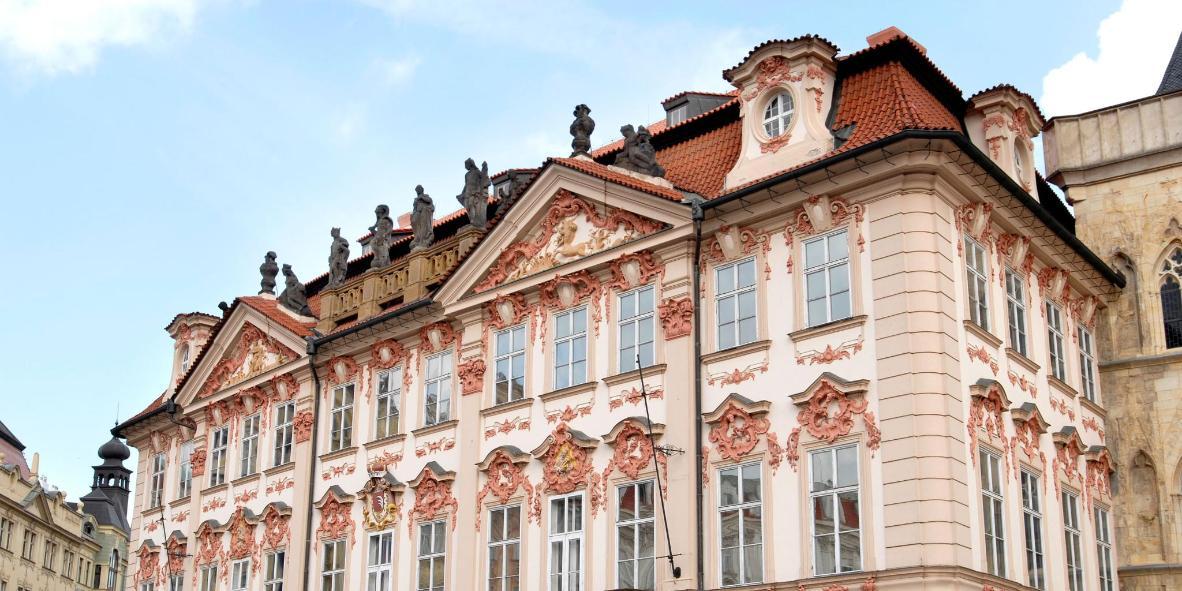 Goltz-Kinský Palace