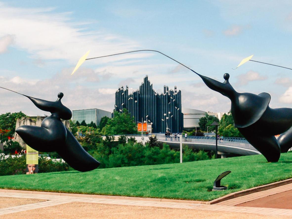 Estatuas danzantes de Futuroscope