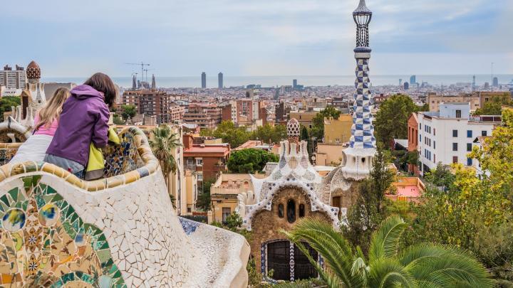 Encontre o melhor de Barcelona para passeios urbanos