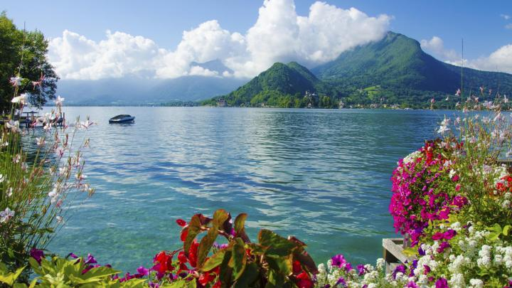 Find the best lakes in Annecy