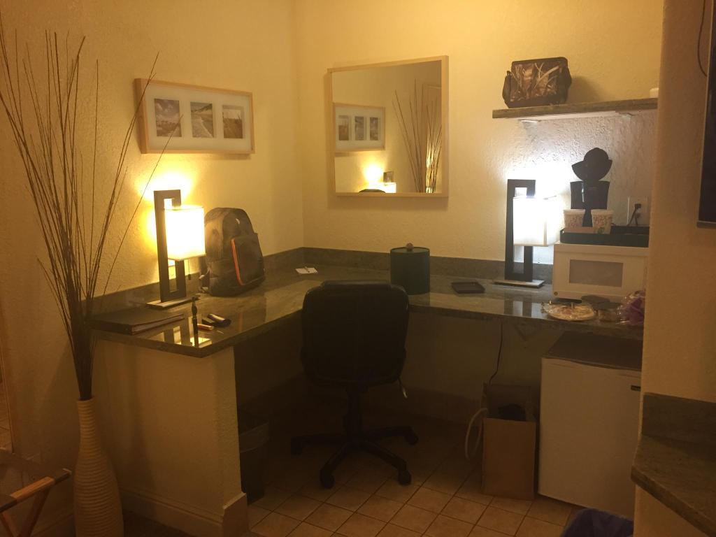Hotel Embassy Suites San Rafael Ee Uu San Rafael Booking Com # Muebles Dago Marin