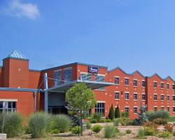 Residence & Conference Centre - Welland
