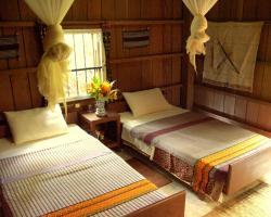 Yaklom Resort (Formerly Yaklom Hill Lodge)