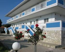 Sea View Apartment Hotel