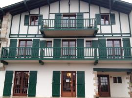 Hotel Mendionde, Amotz