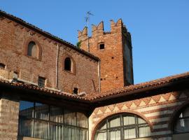 Tenuta Marchesi Scarampi - Antica Foresteria del Castello di Camino, Camino