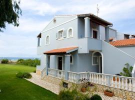 Villa Maria, Almiros Beach