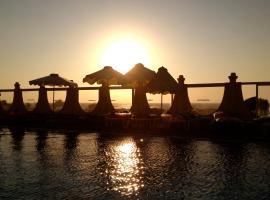 Nirvana Beach Hotel, Theologos