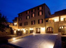 Residenza Palazzo Saloni, Montalcino