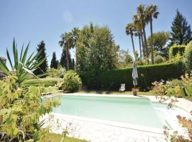 Three-Bedroom Holiday Home in Le Rouret, Le Rouret