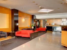 Hotel Junior