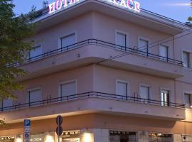 Palace Hotel, 시비타노바 마르셰