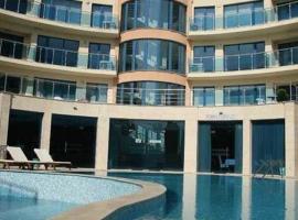 Apart Complex Aquamarine, Obzor