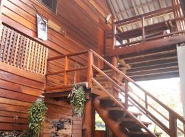 Mongkhon home, Mae On