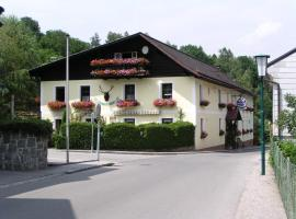 Pension Landhaus Ingrid B&B, Loich