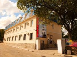 Fordewind Hotel, Balaklava