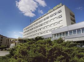 Hotel Panonija, シサク