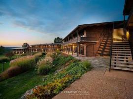 Atwood Lake Resort & Golf Club, Sherrodsville
