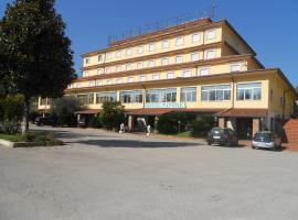 Grand Hotel Pavone, Cassino