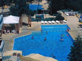 Sundown Court Leisure Resort, San Ġwann