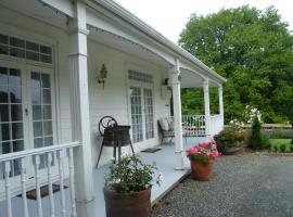 Foxgloves Bed and Breakfast, Te Akau