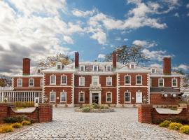 Eastover Estate and Retreat, Lenox