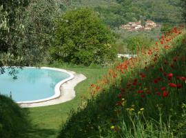 Villa San Simone, פיסטויה