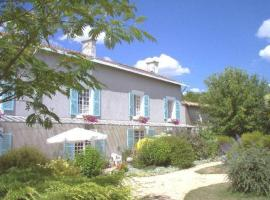 Maison Bois Fleurie, Souvigné