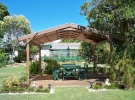 Johnstone's on Oxley Bed & Breakfast, Redcliffe