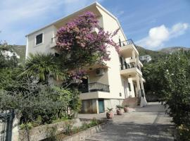 Apartments & Rooms M, Petrovac na Moru