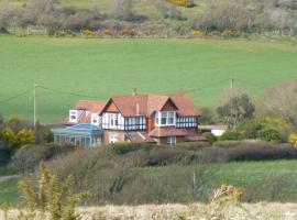 The Golf House, Totland