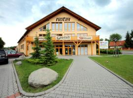 Hotel S-centrum, Benešov