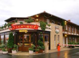 Sunset Motel, Szombathely