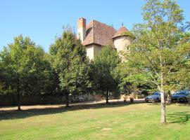 Chateau de Tigny, Pouilly-sous-Charlieu