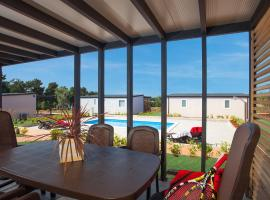 Superior Mobile Homes in Camping Kastanija, Novigrad Istria