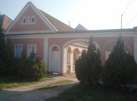 Gólyafészek Vendégház, Sopron-Balf