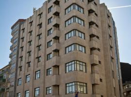 Aparthotel Arenteiro, O Carballiño