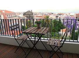 Lisbon Inside Connect — Lapa Apartments