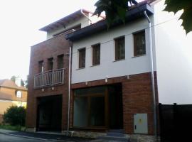 Bástya Apartmanház, Sárvár