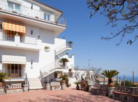 Villa Li Galli, Sant'Agata sui Due Golfi