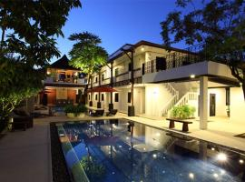 Surintra Boutique Resort, Surin Beach