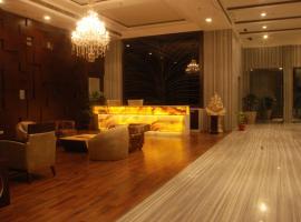 Hotel Pluto's, New Delhi