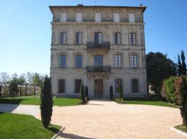 Chateau Du Comte, Ginestas