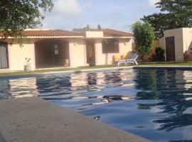 Casa Pie de La Cuesta, Coyuca