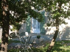 Casa Lucia, Rutali